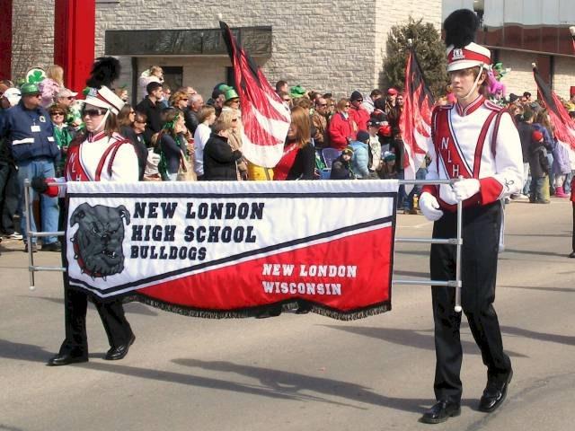 2008parade-highschoolband1