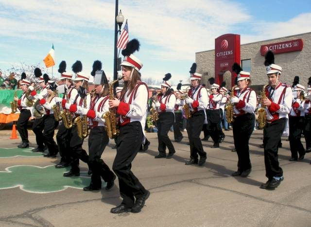 2008parade-highschoolband2