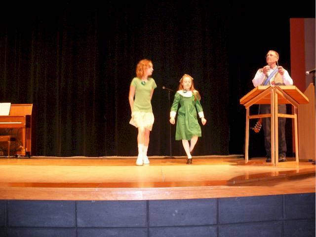 2008thurs-dancers