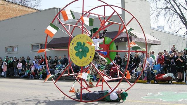 2009parade051-wackywheeler