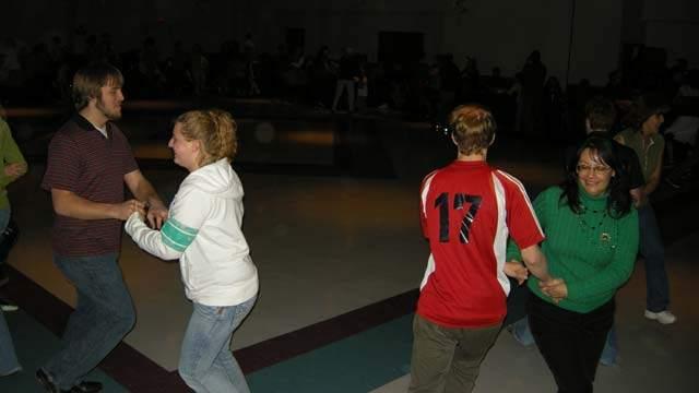 ceili2009-dancing