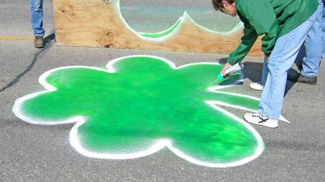paintshamrocks2-2009